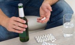 Какие лекарства нельзя совмещать с алкоголем?