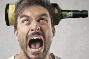 Как проявляется алкогольный психоз?